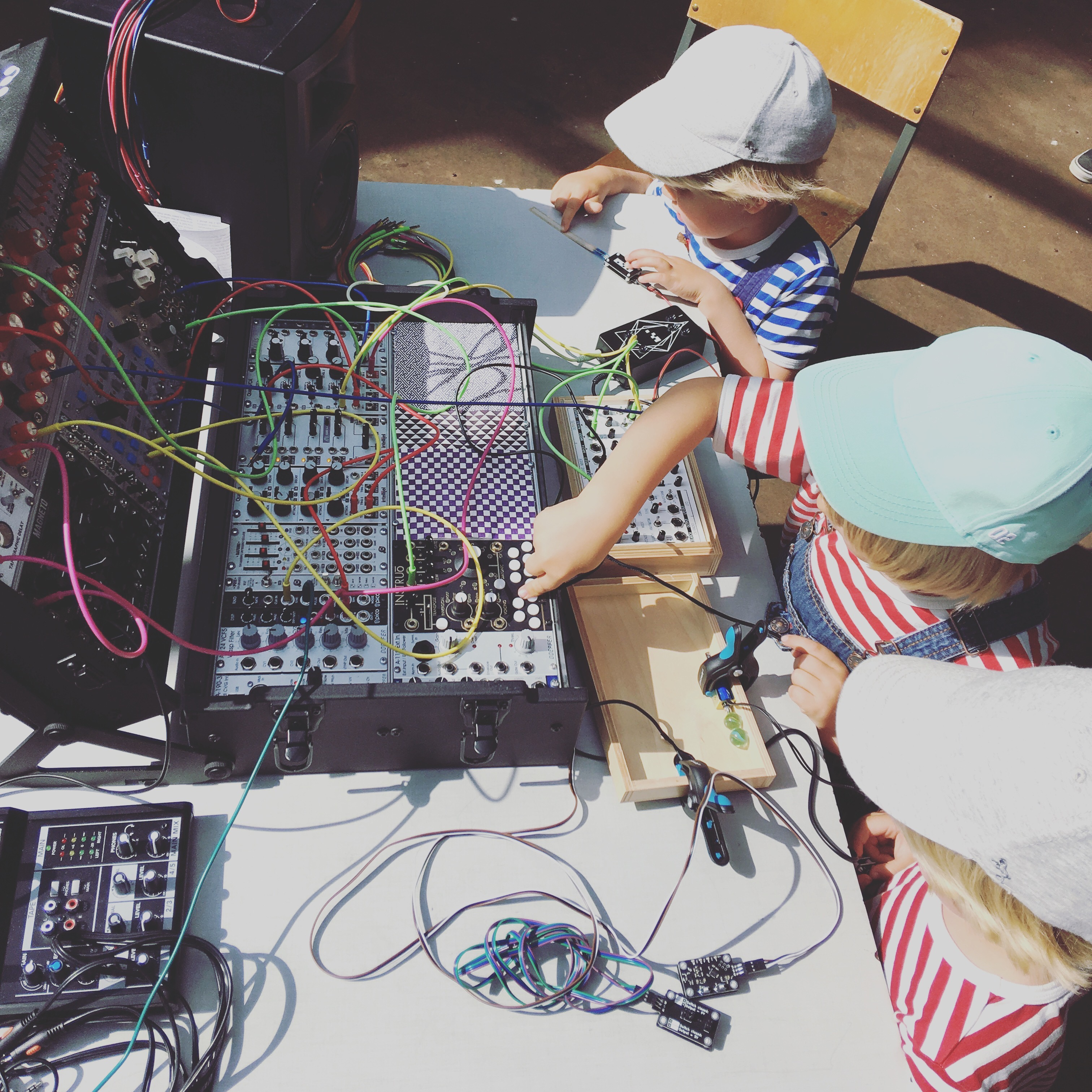 Workshops on electronic music